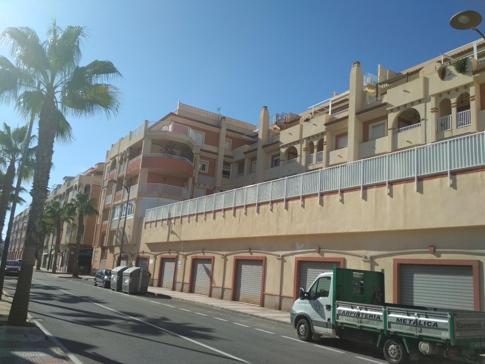Apartment for rent in Roquetas de Mar