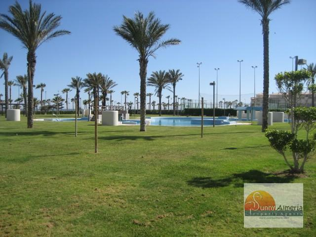 Luxury Apartment for rent in Carretera Ciudad de Cadiz 51 (Roquetas de Mar), 750 €/month