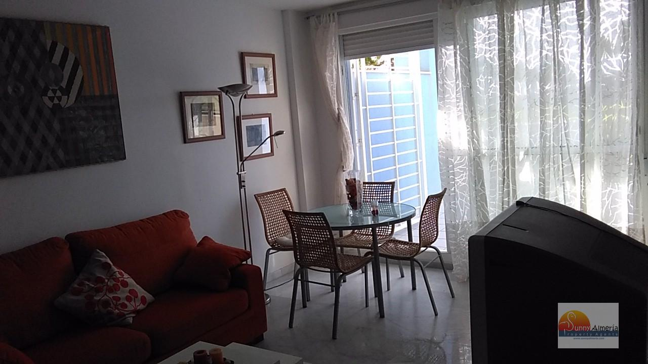 Luxury Apartment for rent in Carretera Ciudad de Cadiz 51 (Roquetas de Mar), 850 €/month