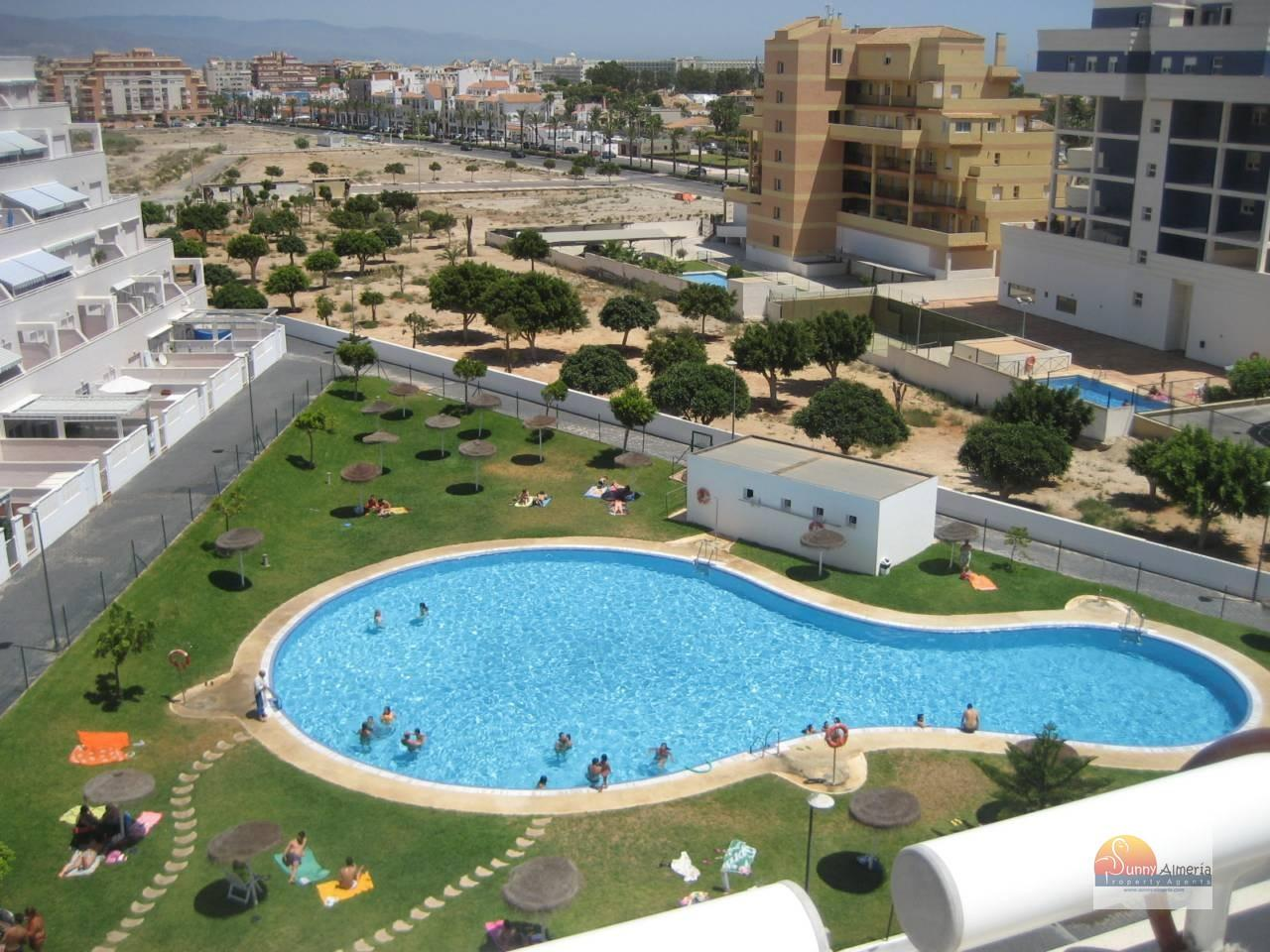 Apartment for sale in av rosita ferrer 4 (Roquetas de Mar), 135.000 €
