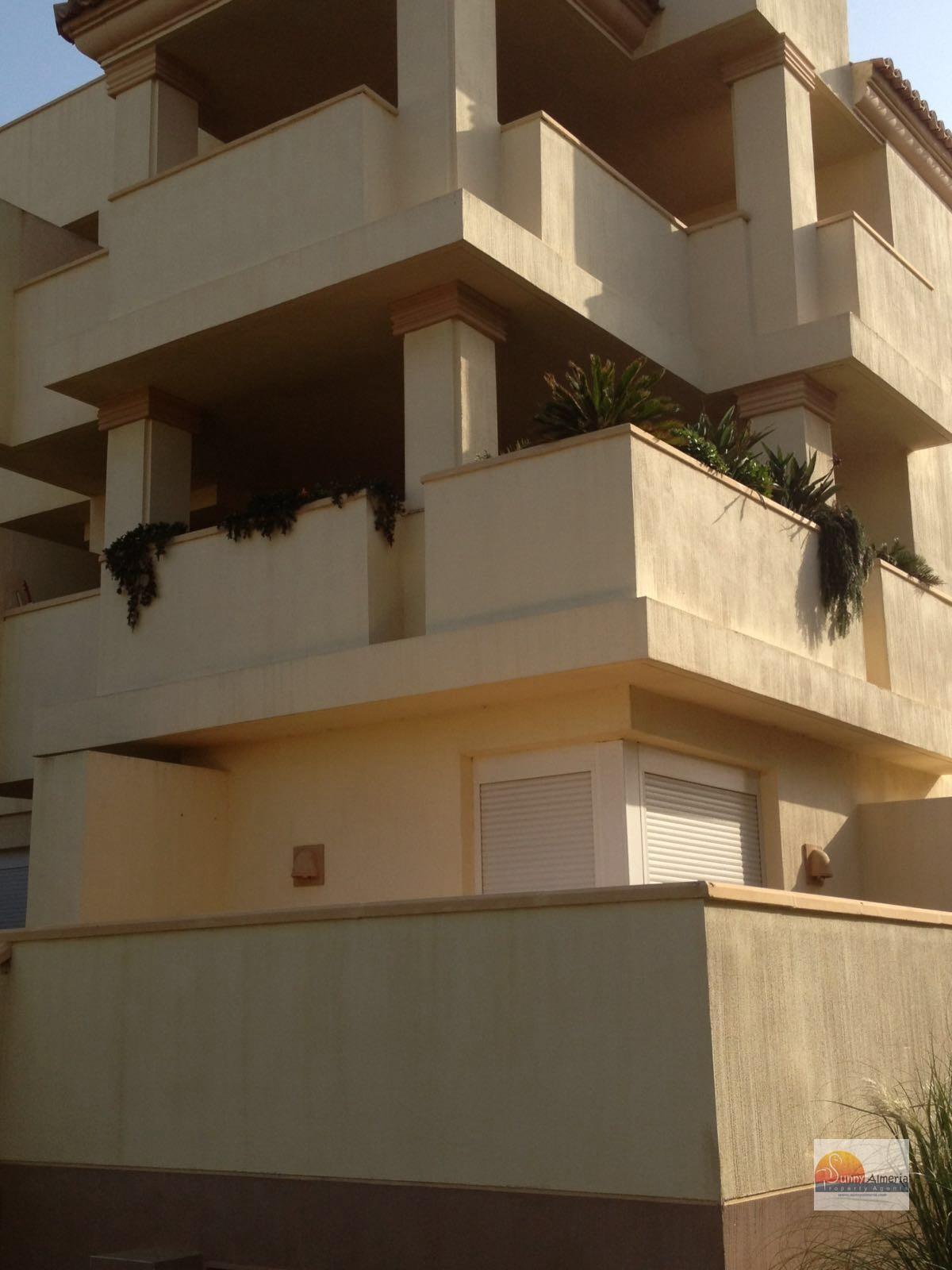 Luxury Apartment for sale in Calle Fosforito 4 (Roquetas de Mar), 185.000 €
