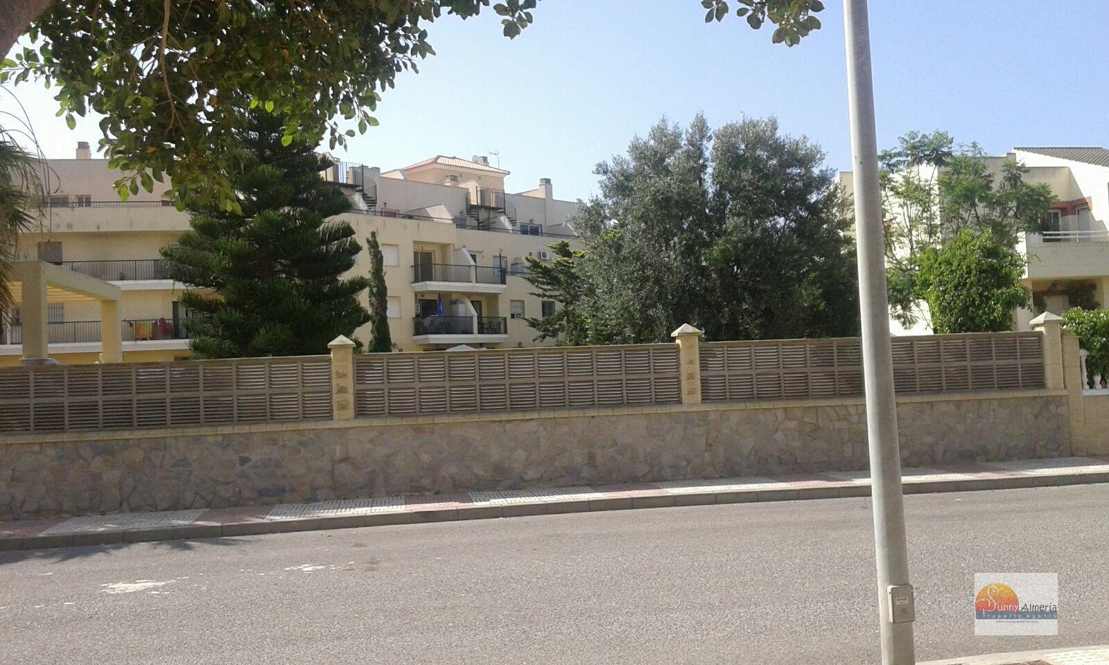Apartment for sale in calle aviacion 0 (Roquetas de Mar), 85.000 €