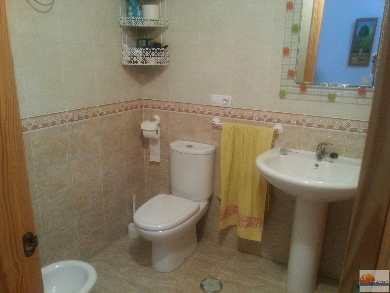 Flat for sale in Calle Buenos Aries 40 (Roquetas de Mar), 90.000 €