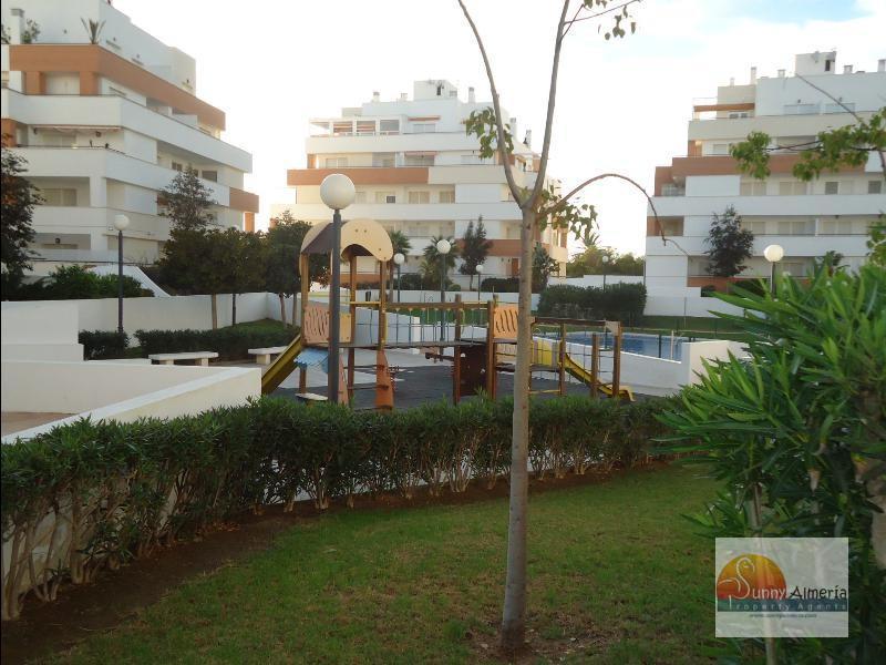 Apartment for rent in Carretera Ciudad de Cadiz 1A (Roquetas de Mar), 800 €/month