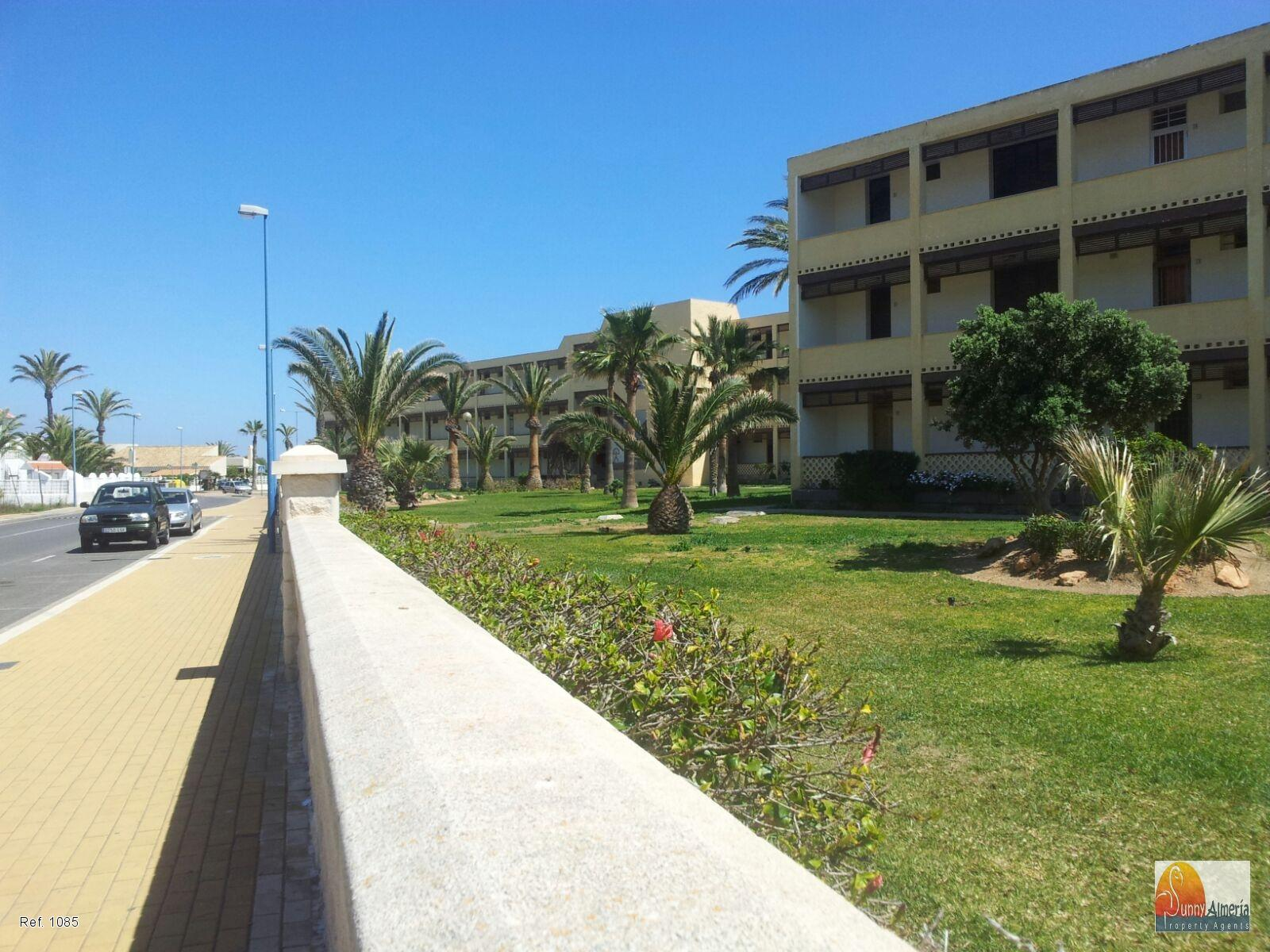 Studio Flat for rent in Avenida las Gaviotas 13-1 (Roquetas de Mar), 450 €/month