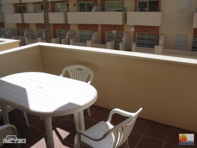 Apartment for sale in Calle El Paraíso 51 (Roquetas de Mar), 55.000 €