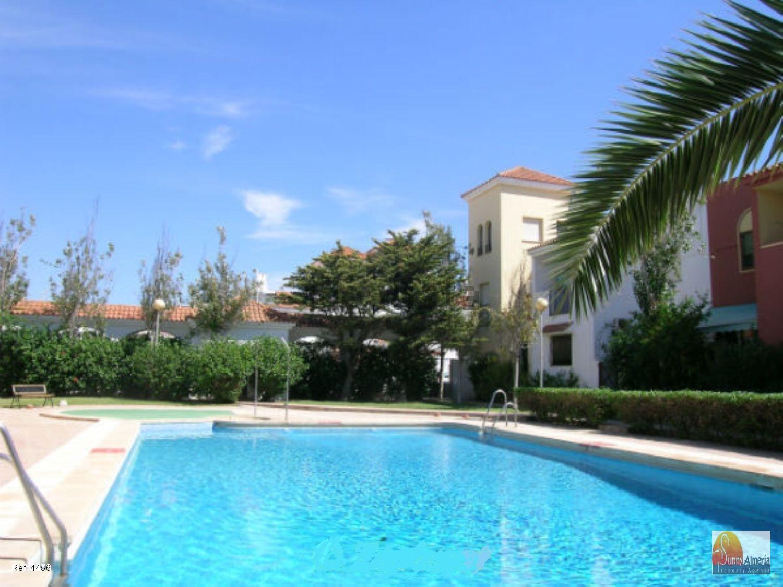 Duplex for sale in Calle Guantanamo 0 (Roquetas de Mar), 145.000 €