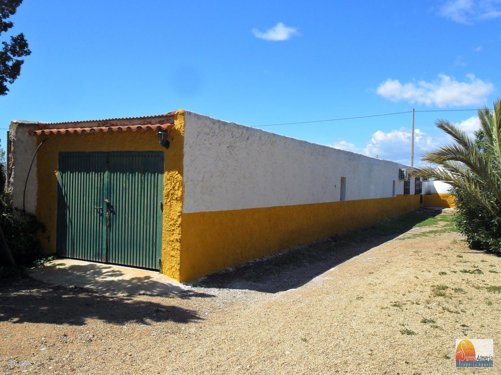 Country Properties for sale in calle saltamontes 0 (Níjar), 136.000 €
