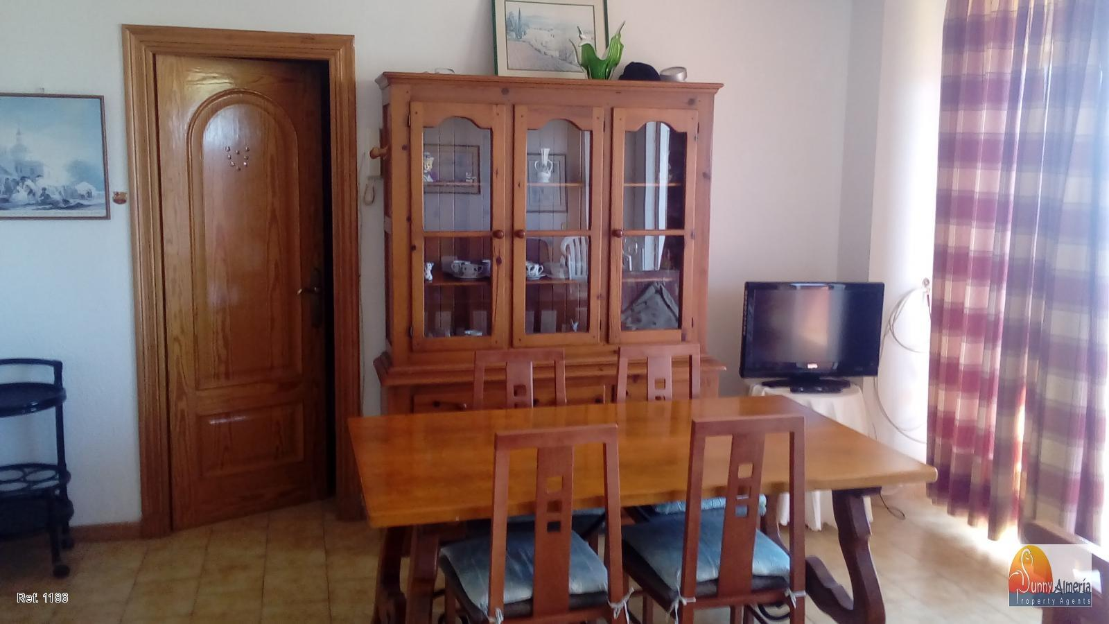 Apartment for sale in C/ LAGO GARZA 7 (Roquetas de Mar), 65.000 €
