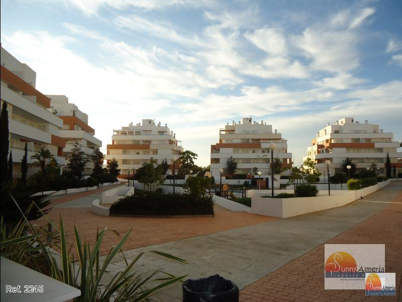Apartment for rent in Carretera Ciudad de Cadiz 1A (Roquetas de Mar), 750 €/month