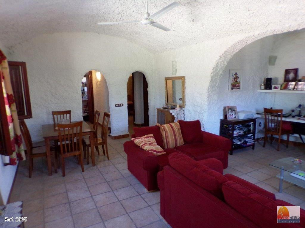 Cave House for sale in Terque, 70.000 €