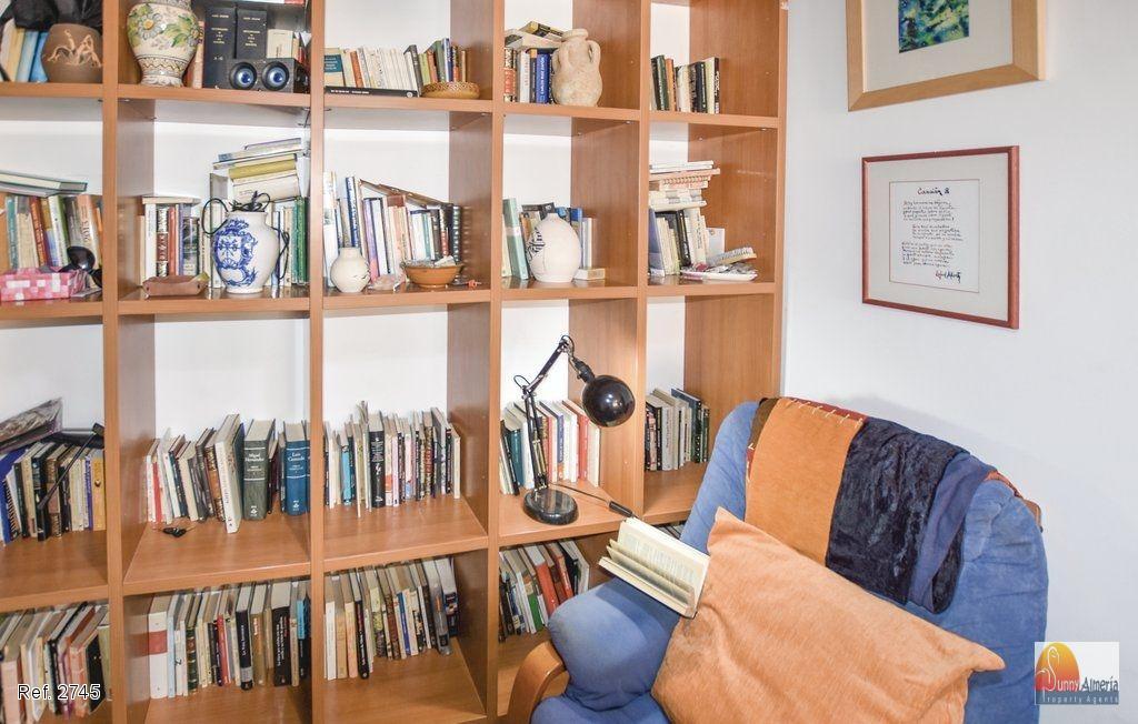 Apartment for sale in Aguadulce (Roquetas de Mar), 98.000 €