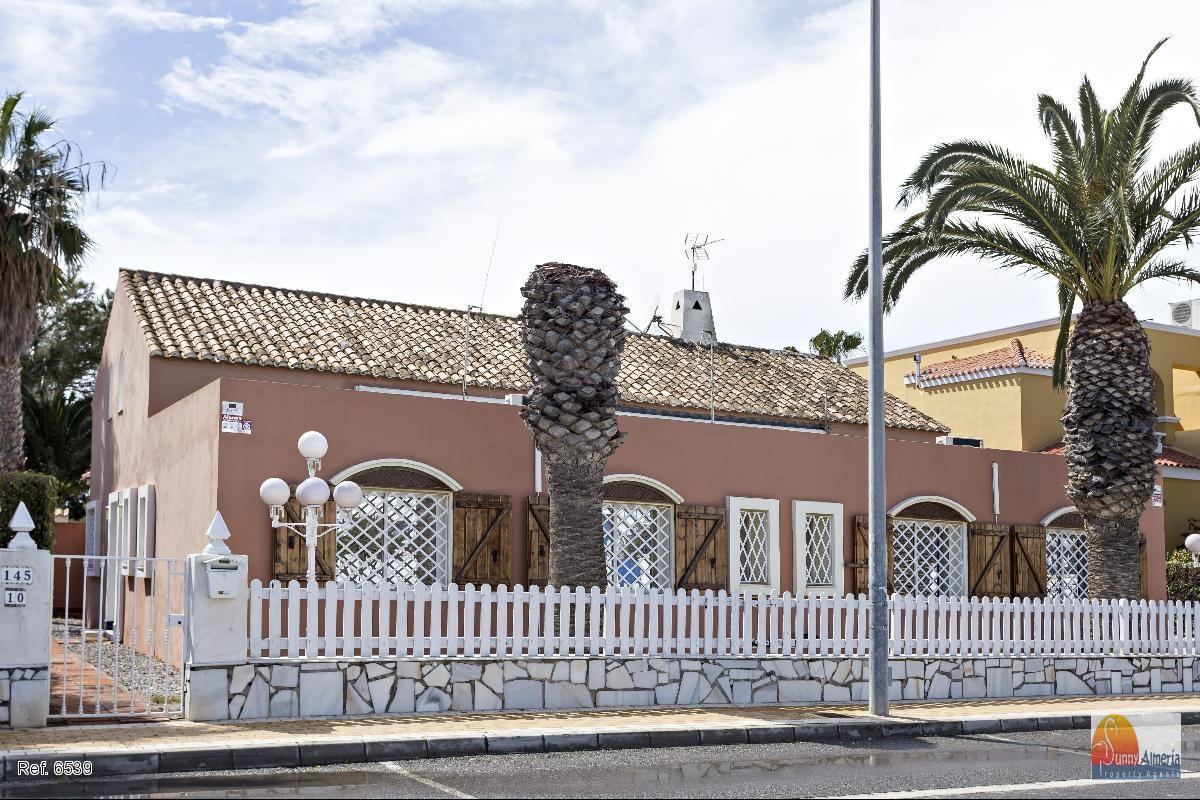 Luxury Villa for rent  in Playa Serena (Roquetas de Mar)