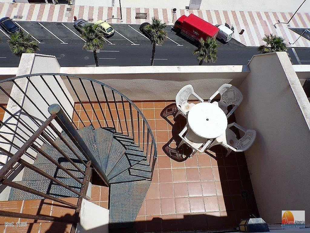 Dúplex en venta en Centro de Urba. (Roquetas de Mar), 65.000 €
