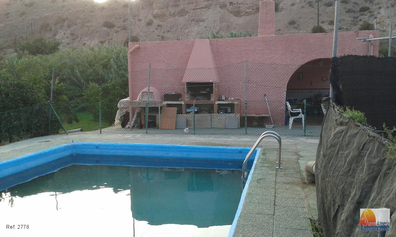 Country Properties for sale in Gádor, 126.000 €