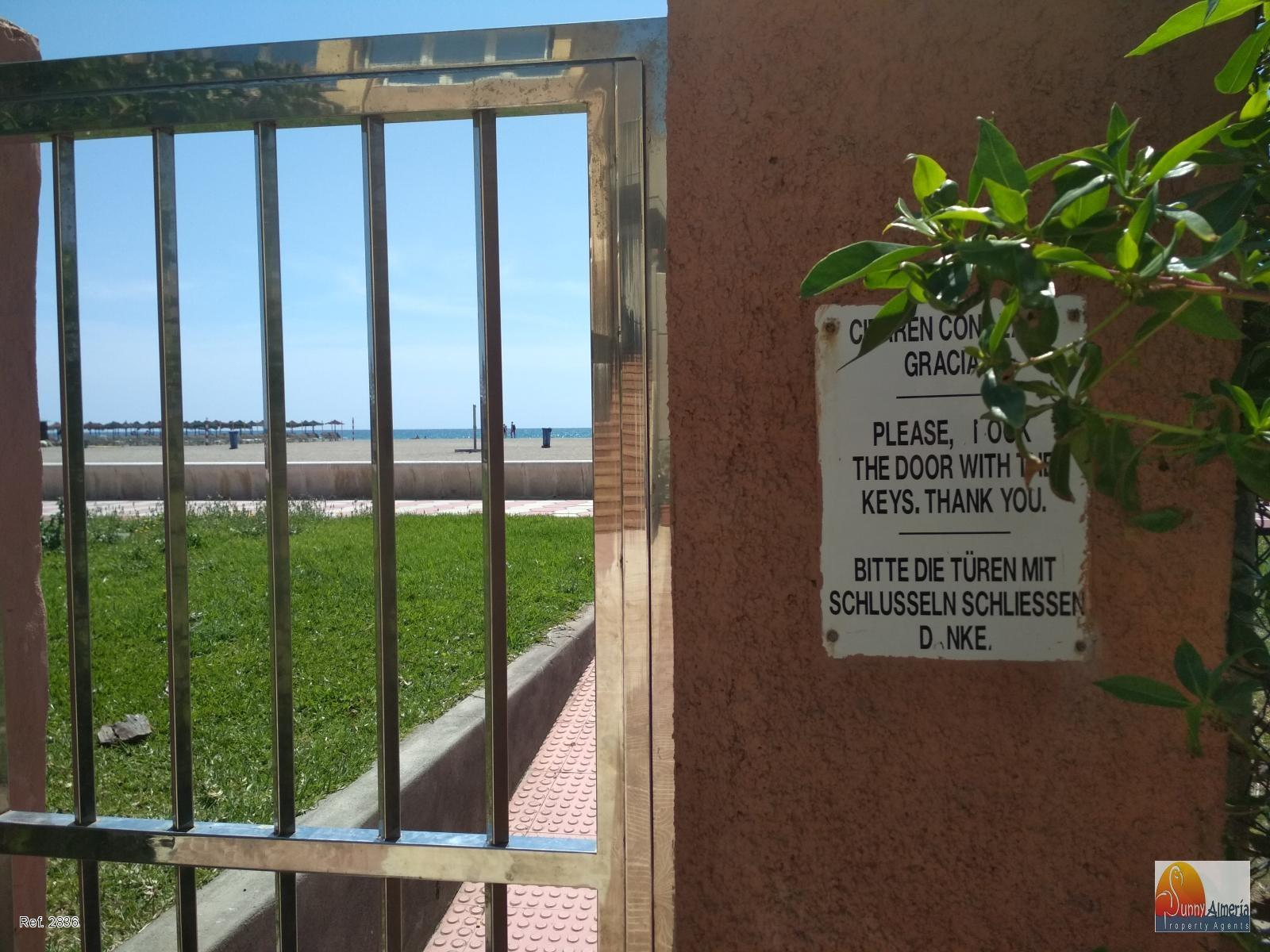 Lejlighed udlejes på lang tid I Avenida de Playa Serena 97 (Roquetas de Mar), 600€/måned