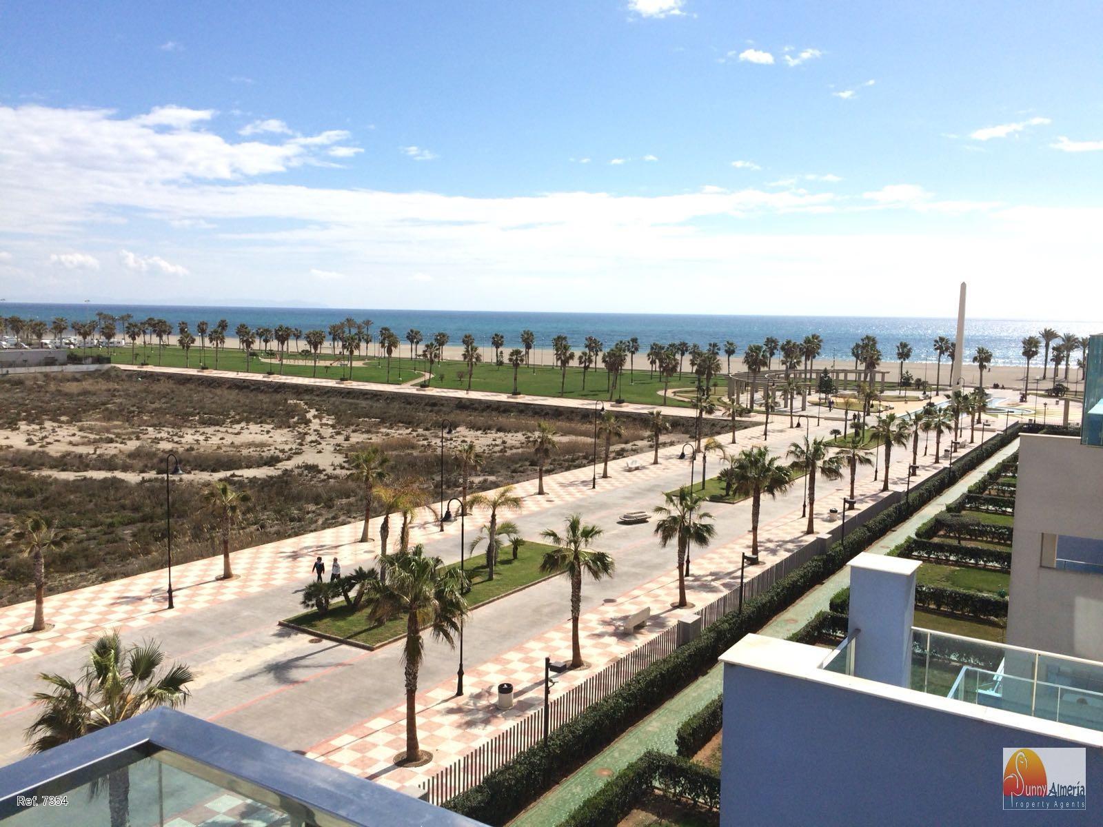 Petit Appartement de Luxe en vente à Carretera Ciudad de Cadiz 51 (Roquetas de Mar), 185.000 €