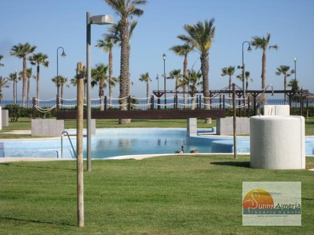 Luxury Apartment for rent in undefined unde (Roquetas de Mar), 900 €/month
