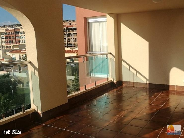 Luxury Apartment for sale in Almerimar, 121.500 €